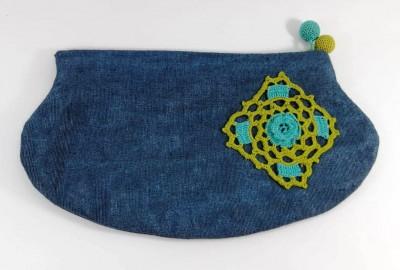 kutnu kumaş üzerine i çiçek motifli gece çantası 25cm*13cm